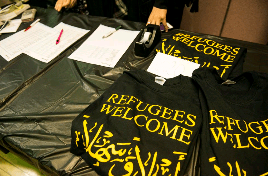 Refugees Welcome Table